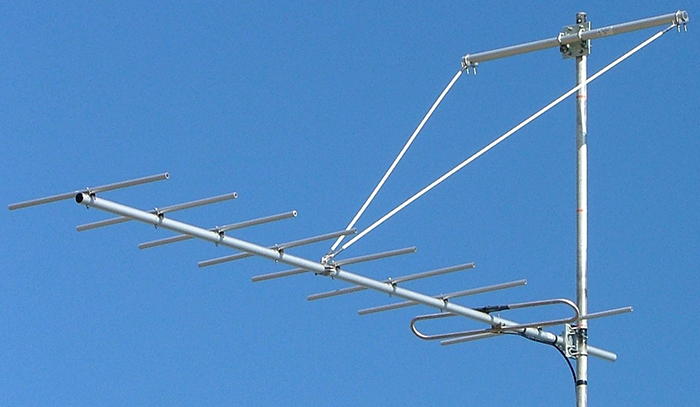 M.A.T.V. 9 element dual-dipole 75 Ohm Yagi, 304 stainless steel, 174-230MHz, 200W, 10.5dBd - 3.1m / The Y209-1722SS-75, 75 Ohm M.A.T.V. Yagi is specifically designed and manufactured for Mast Amplified Television (M.A.T.V.) receive systems at professional broadcast installations. ZCG recommend mounting the Y209-1722SS-75 as high as possible on your mast or tower using 1 x Y2300-SS and strut kit.